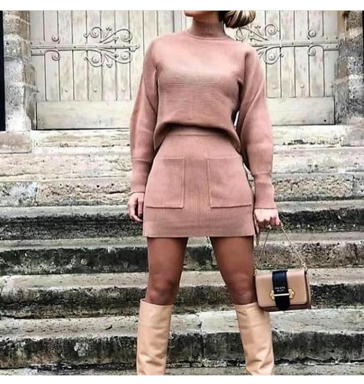 فستان شتوي قصير باللون الكاشمير