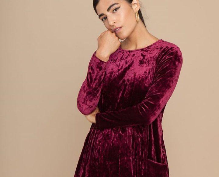 فستان شتوي قصير باللون النبيتي