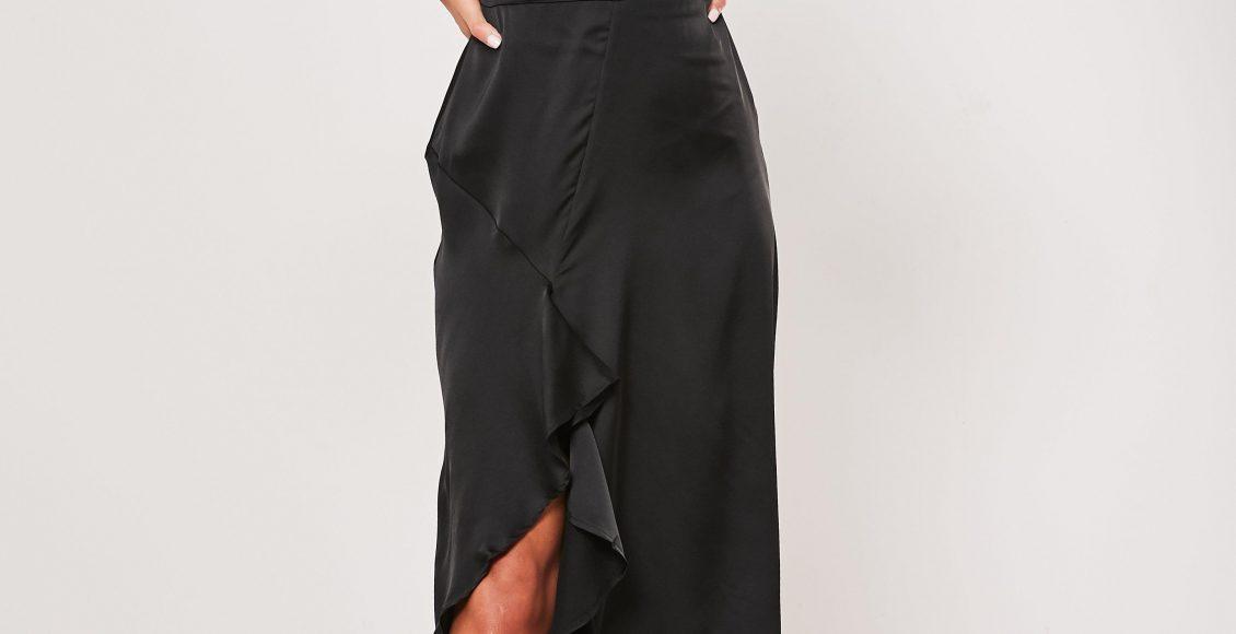 تصميم موديل فستان قصير للسهرة باللون الأسود