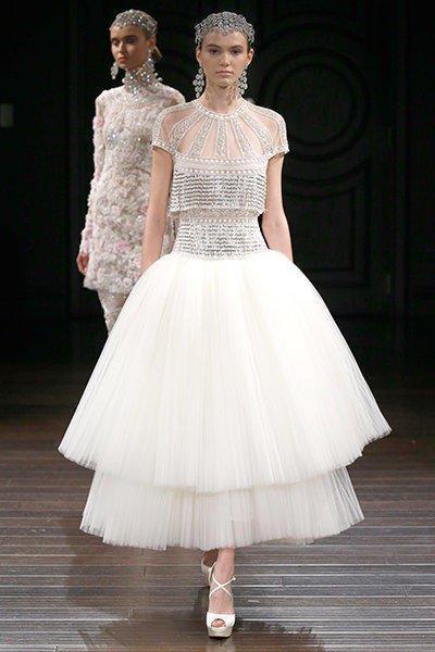 تصاميم مميزة لفساتين زفاف 2020