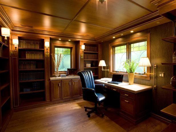 تصميم مميز لمكتب خشبي