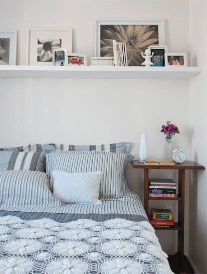 اللون الابيض لحائط لغرف صغيره