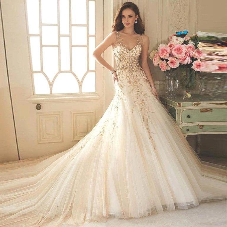 صور لفساتين زفاف ملونة تُناسب العروس العصرية