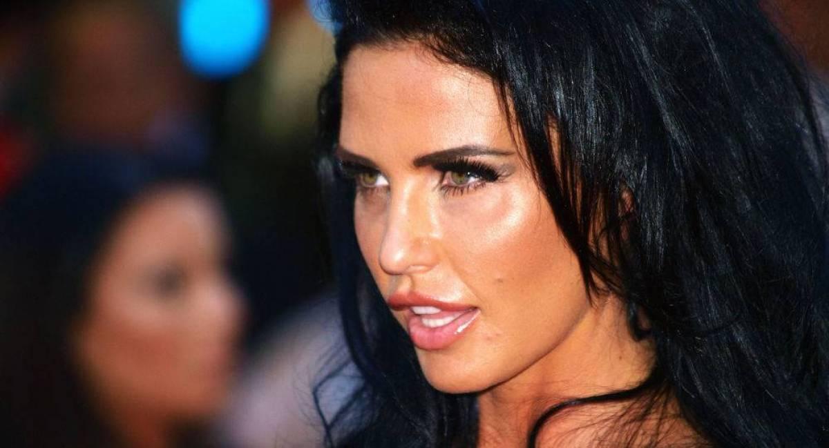 عارضة أزياء أنفقت 45 مليون دولار على عمليات التجميل
