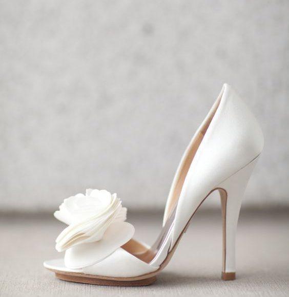 حذاء بسيط