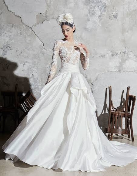 فستان زفاف مناسب للفتيات القصيرات