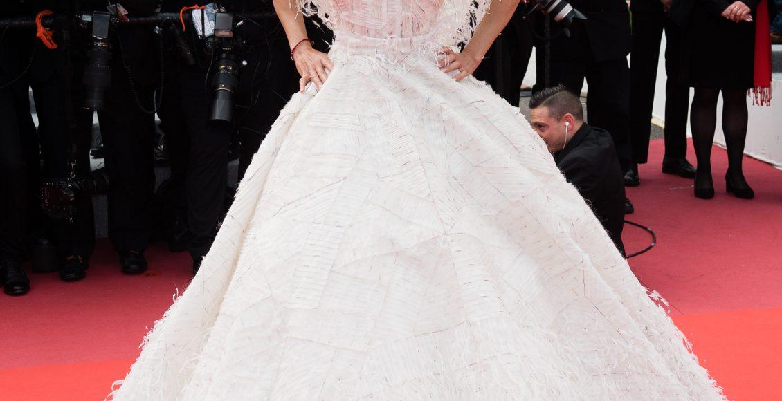 فستان ميشيل رودريغيز بقصة منفوشة من رامي قاضي