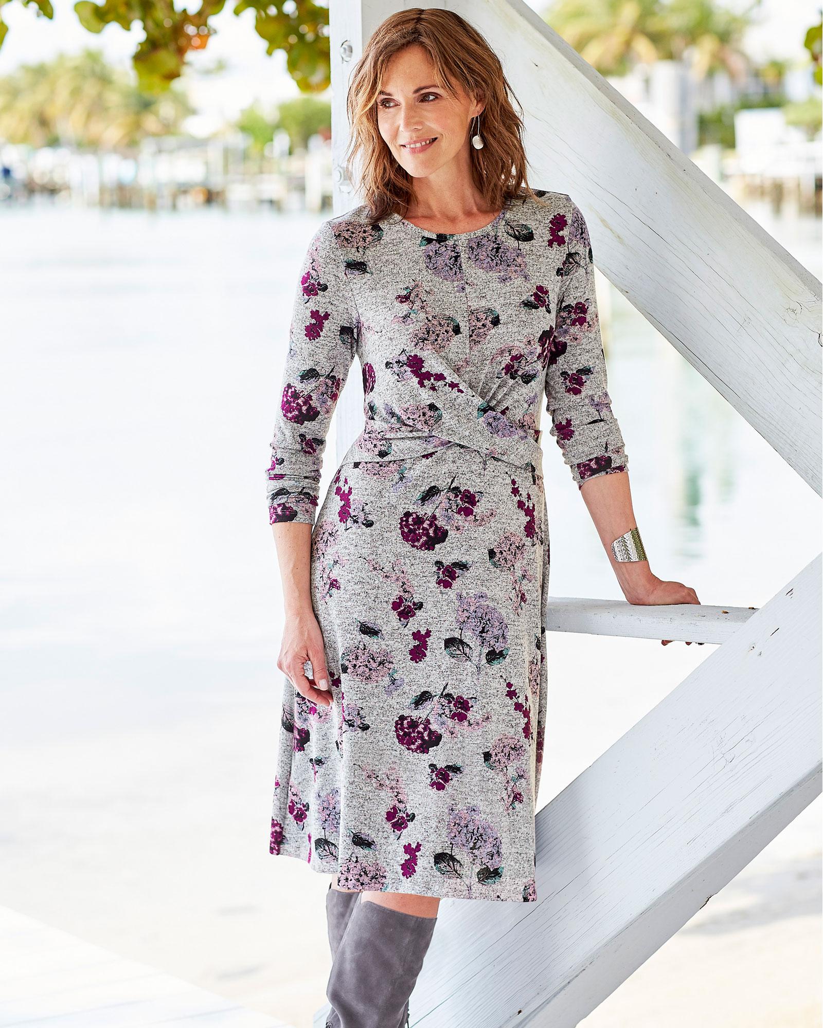 صورة تصميم فستان ميدي ملون منفوش