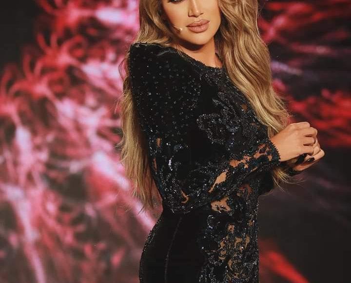 إطلالة ناعمة للنجمة اللبنانية مايا دياب بفستان قصير باللون الأسود
