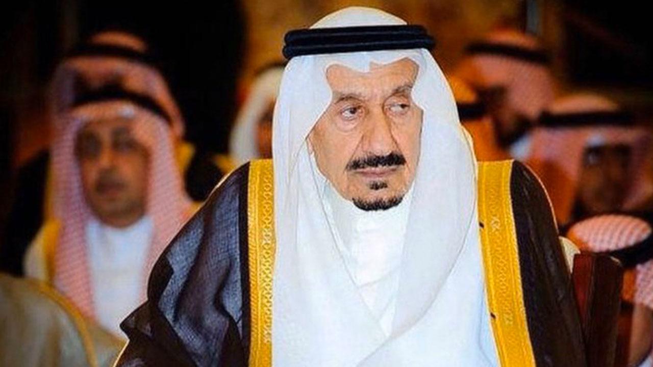بالفيديو لحظة دفن الأمير متعب بن عبدالعزيز