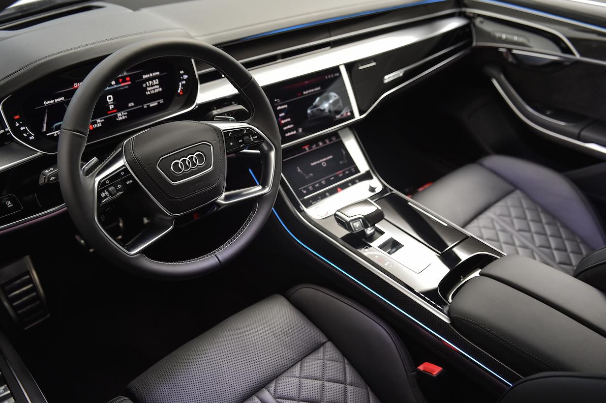 سيارة Audi S8 الجديدة أداء فائق يتوّج الفئة الفاخرة