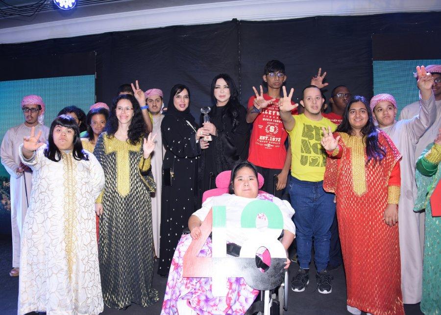 سفيرة النوايا الحسنة وفاء بن خليفة في زيارة إنسانية لمركز راشد لأصحاب الهمم