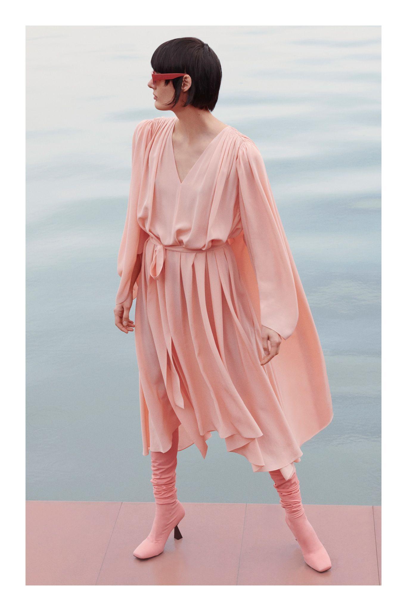 مجموعة أزياء جيفنشي لما قبل خريف 2020