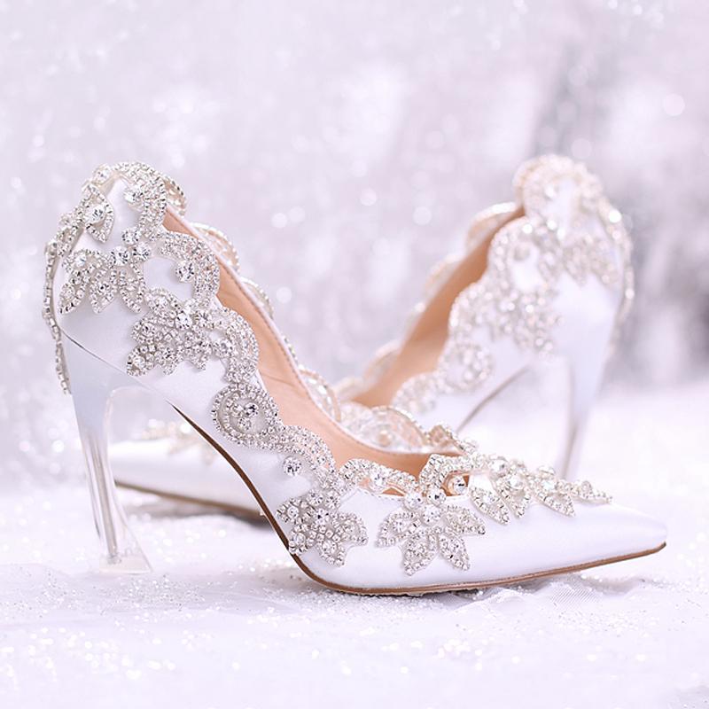 نصائح هامة قبل اختيار حذاء الزفاف
