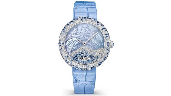 صورة ساعة يد نسائية فاخرة من باتيك فيليب