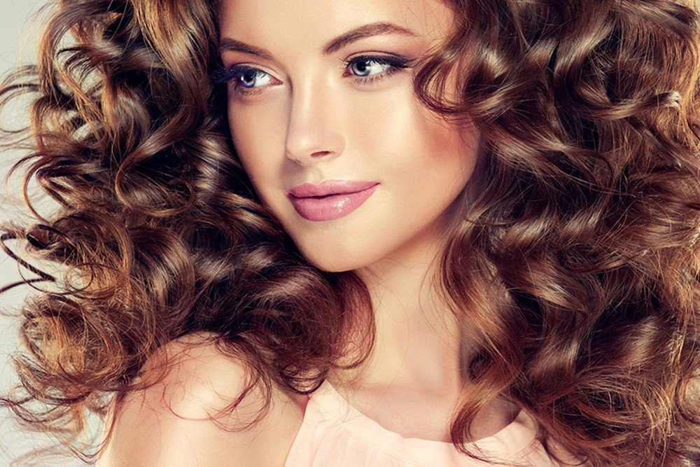 طرق متعددة للحصول على الشعر الكيرلي