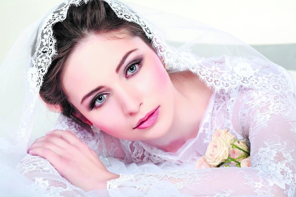علاج طبيعي لبشرة العروس قبل الزفاف