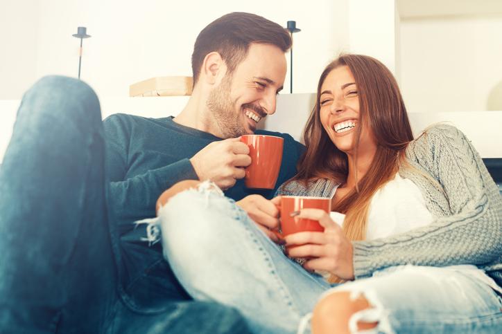 عادات صباحية بسيطة تقوي الزواج وتحافظ عليه