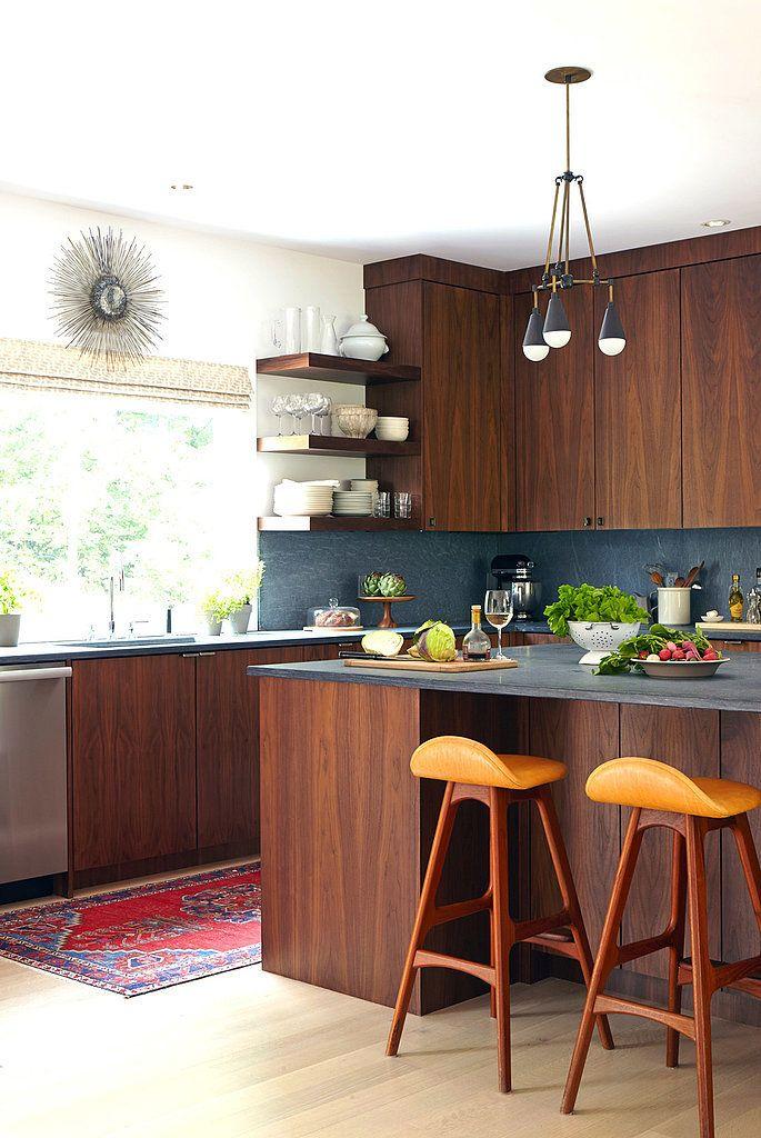 ألوان المطابخ الخشب المودرن الجديدة Honed-Slate-Honey-Cherry-Red-and-Wood-Kitchen