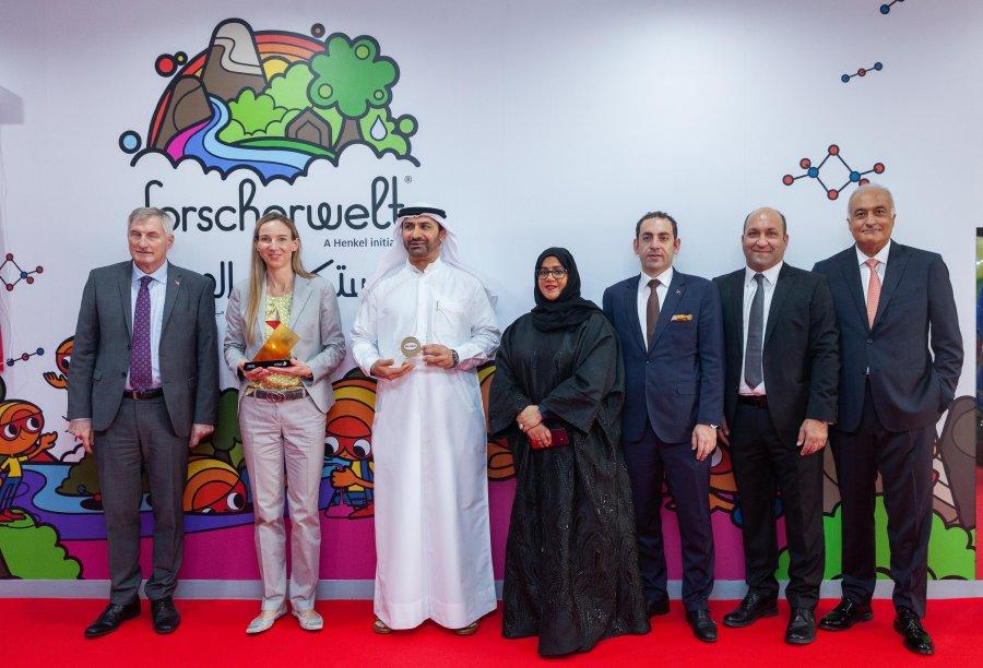 حوار مع عزمي شمس مدير الاتصال بشركة هنكل في الخليج ومدير مشروع مختبر علوم فورشرفيلت دبي