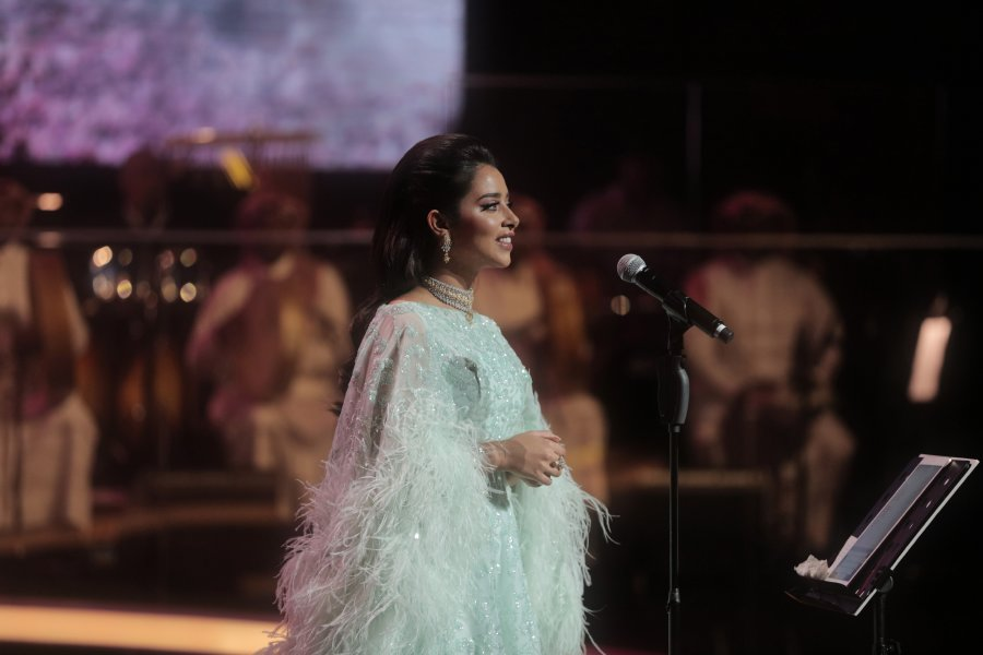 بلقيس تسجل نجاحاً كبيراً مع الجمهور الكويتي في