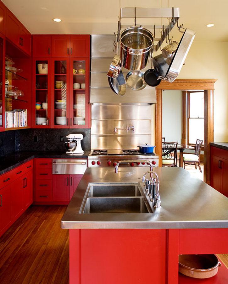 ألوان المطابخ الخشب المودرن الجديدة Red-Kitchen-Color-Scheme