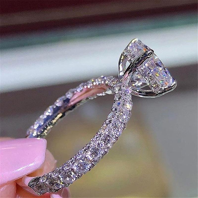 خواتم الماس من أعرق وأثمن المجوهرات في العالم
