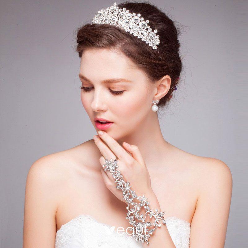 بالصور تيجان فخمة للعرائس في 2020