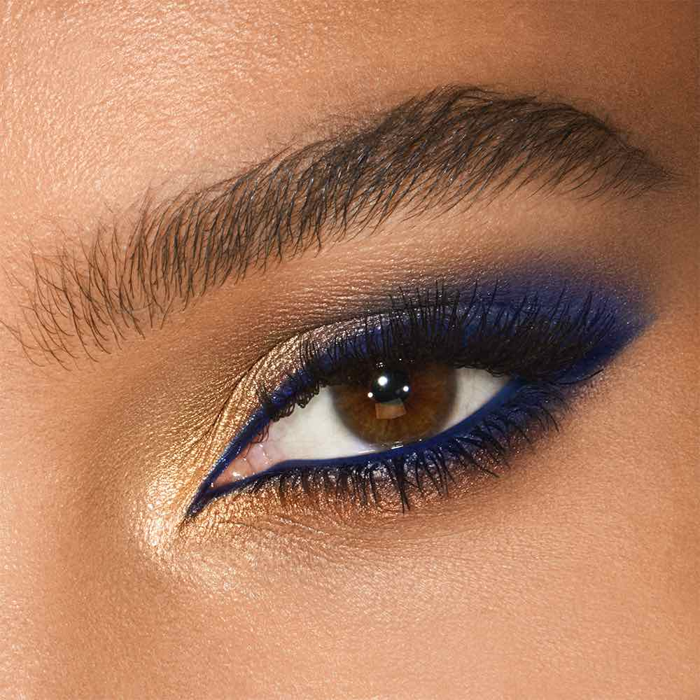 شارلوت تلبوري تقدم مجموعة EYE COLOUR MAGIC الجديدة والساحرة من الألوان للعيون
