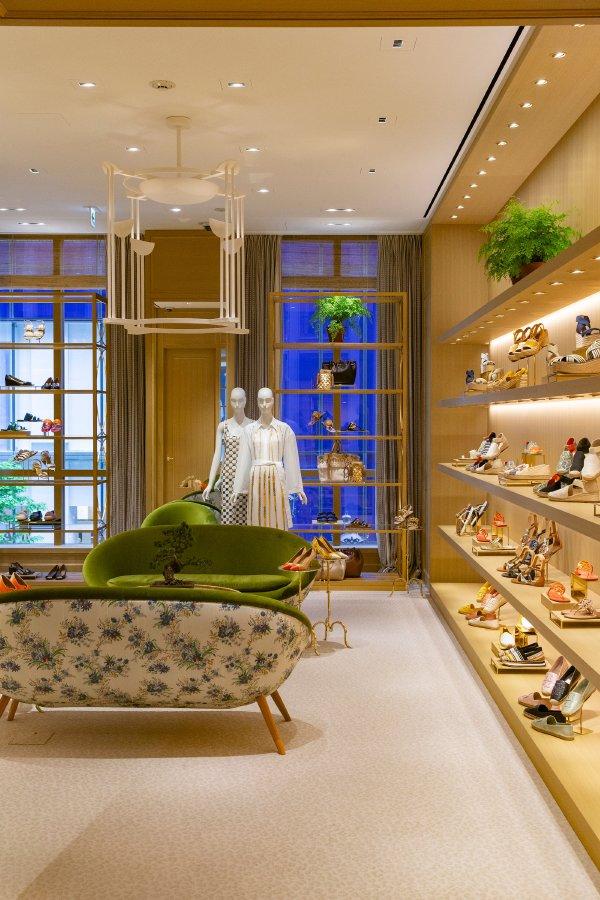 """""""توري بورش"""" تفتتح أول متجر لها في الأردن"""