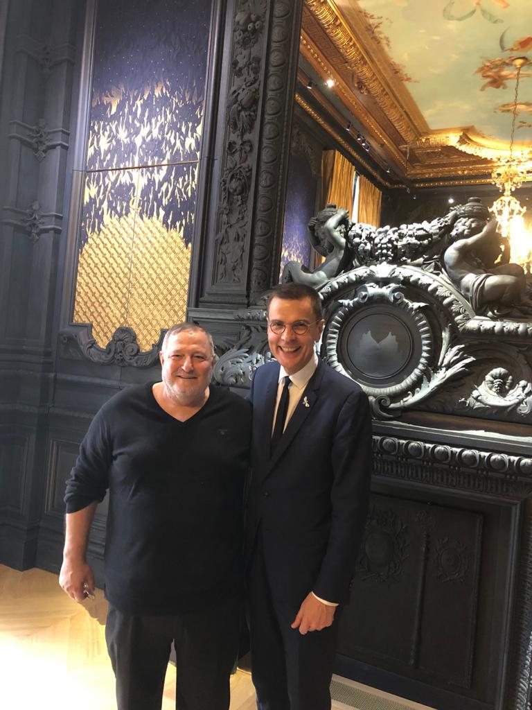 محاور المشاهير عدنان الكاتب يشارك في افتتاح مقر Chaumet في باريس