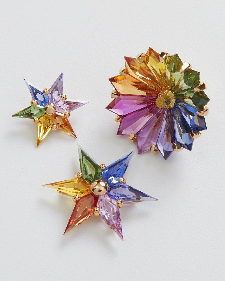 جيكوب أند كو. يقدّم ساعة Astronomia Fleurs de Jardin Rainbow