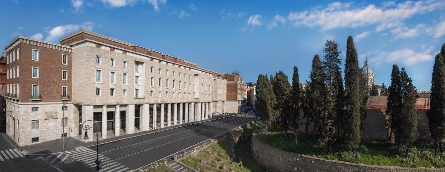 التوقيع على اتفاقية انشاء فندق بولغري في روما