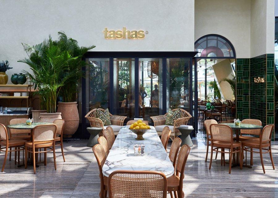 تاشاس تطلق مطعماً جديداَ في منطقة البرشاء