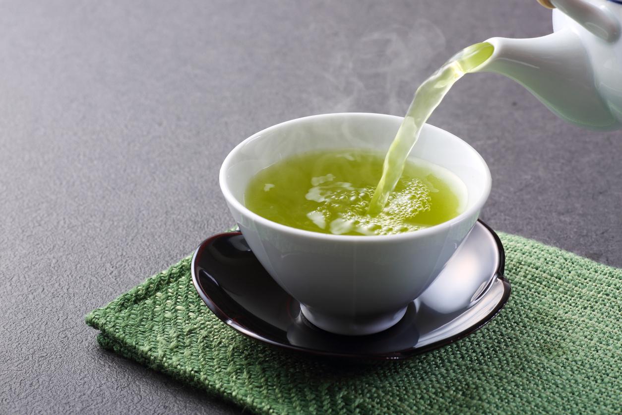 فوائد الشاي الاخضر مع الليمون