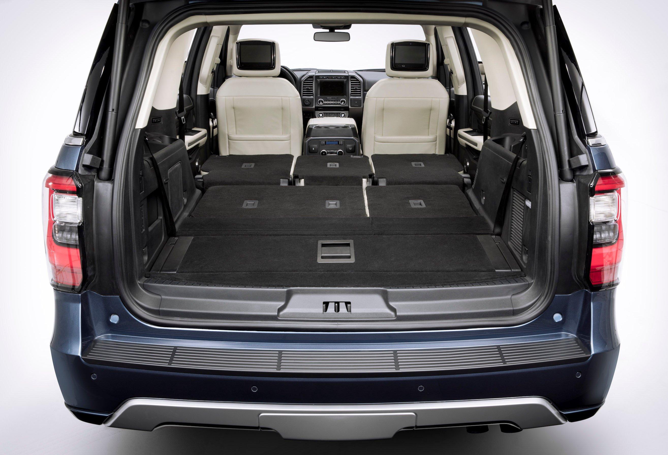 فورد إكسبيديشن: سيارة عائلية مستعدة لخوض المغامرات وتلبية تطلعات السائقين
