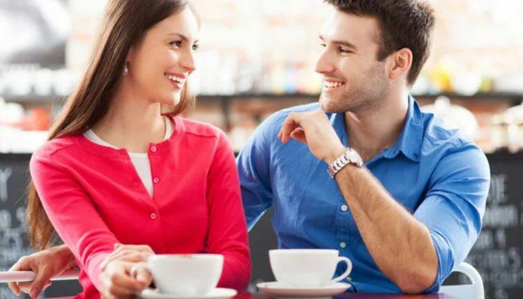 علامات الحب عند الزوج