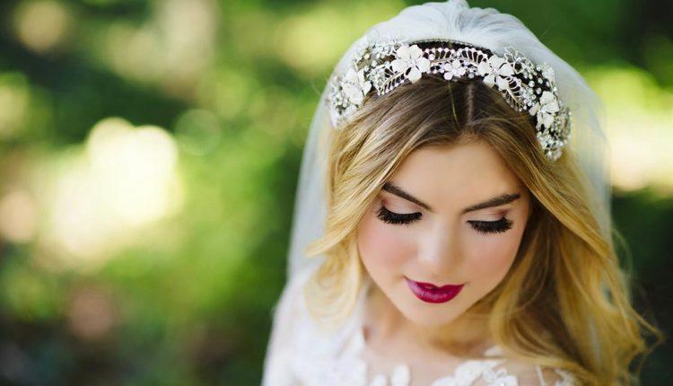 العروس صاحبة البشرة الشقراء