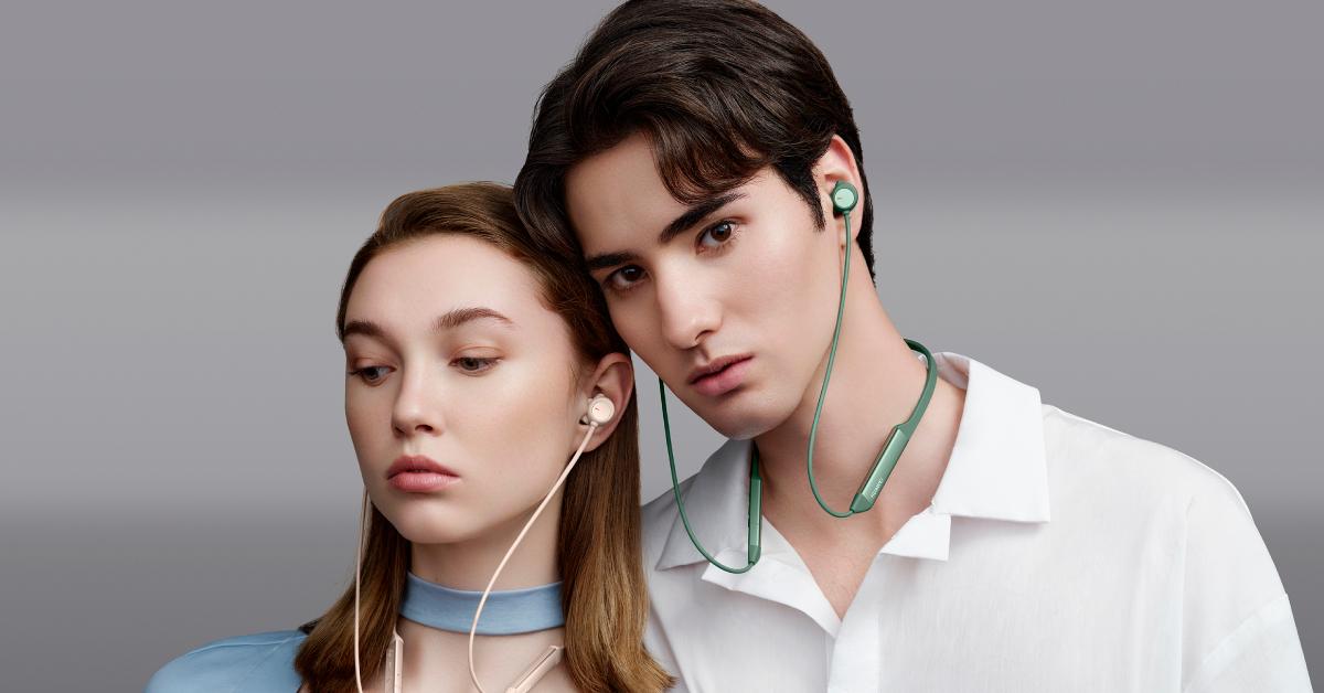 سماعات الأذن الجديدة حول الرقبة HUAWEI FreeLace Pro متوفرة الآن في الإمارات