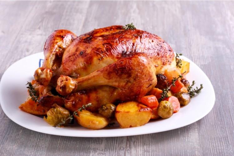 طريقة عمل الدجاج المحشي بالارز والخضار