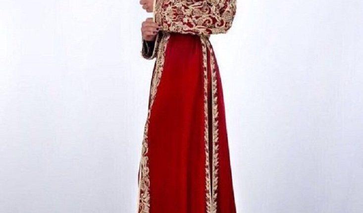 قفاطين مغربية باللون الاحمر