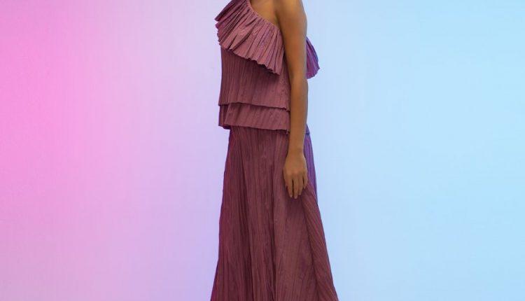 دار أزاليا للأزياء الفاخرة تطلق مجموعة Aurora بألوان الشفق المذهلة