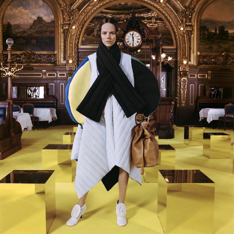 لويفي تطلق تشكيلتها الخاصة بعروض الأزياء لموسم خريف وشتاء 2021
