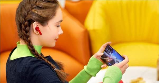 سماعات HUAWEI FreeBuds 4i توفر صوت عالي بدون ضوضاء