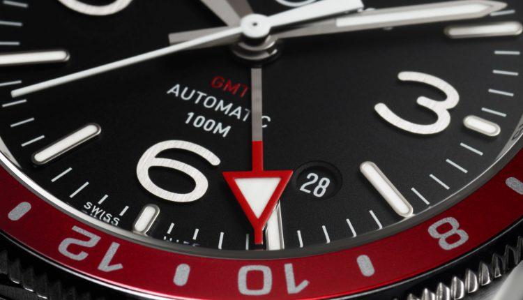 BELL & ROSS تطرح ساعة NEW BR 03-93 GMT