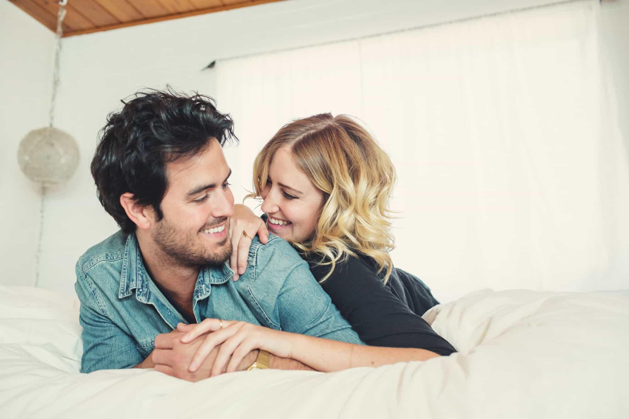 كيف أجعل زوجي يحبني ويحترمني