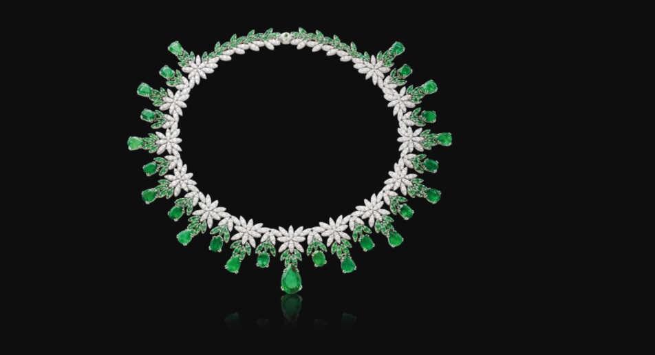 مجوهرات من حجر الزمرد
