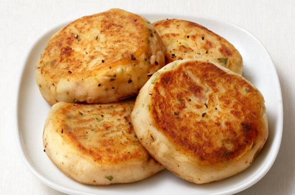 طريقة عمل فطيرة البطاطس المهروسة