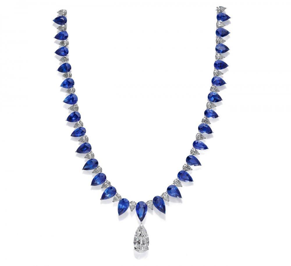 موديلات مجوهرات الياقوت الأزرق