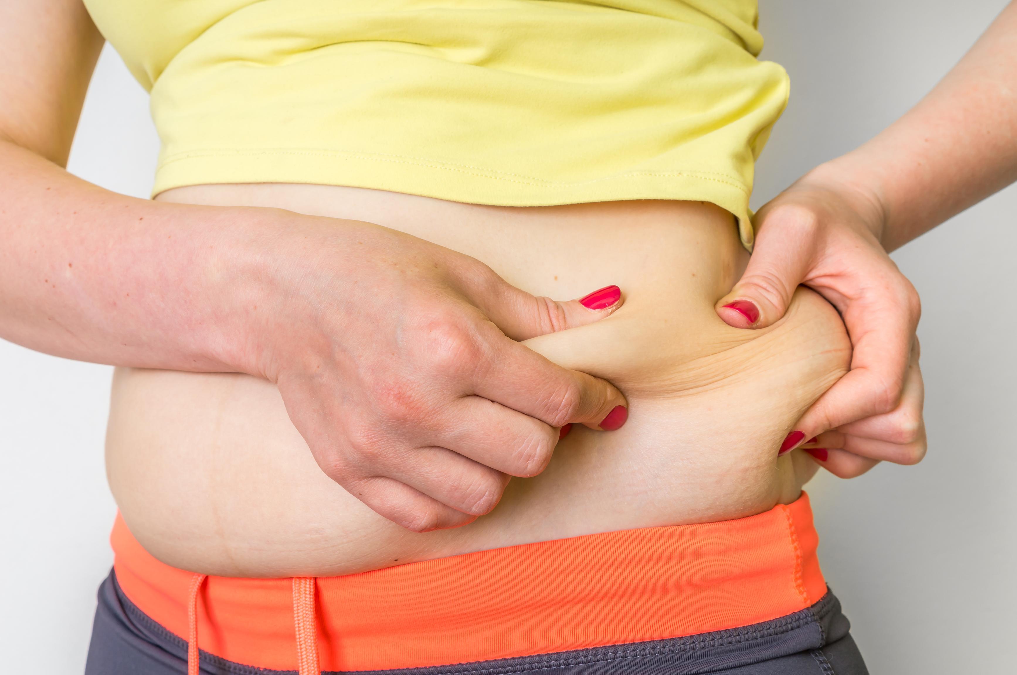 اسباب تراكم الدهون